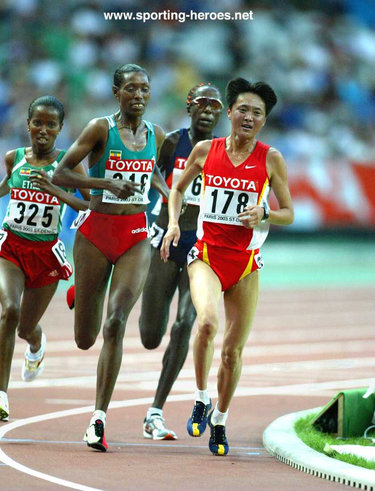 Yingjie Sun - China - 2003 World Championship 10,000m bronze medal.