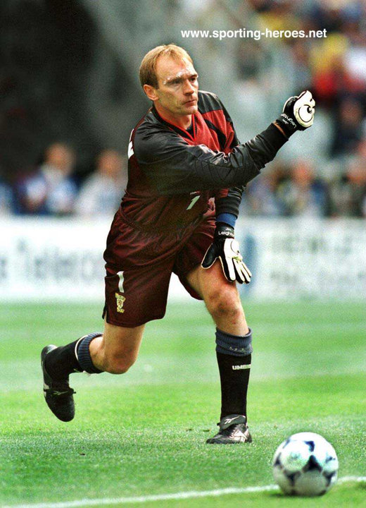 06c23c44e63 Jim LEIGHTON - Scottish International Football Caps. - Scotland