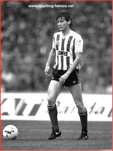 Gordon Chisholm - Sunderland FC - League appearances.