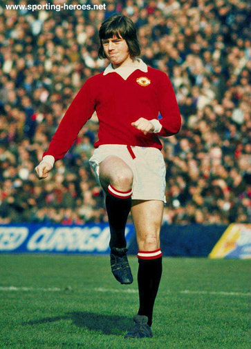 Tony Young - Manchester United - League appearances.