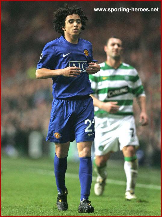 rafael da silva uefa champions league 2008 09 manchester united fc sporting heroes net