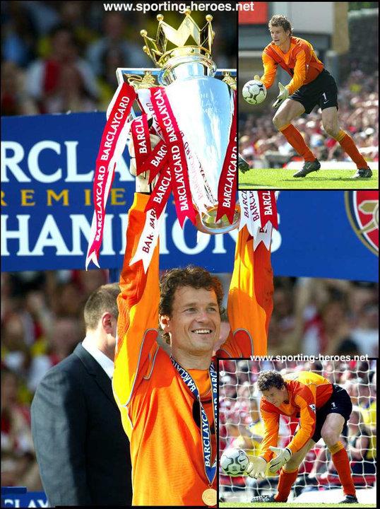 Arsenal F.C. season 2002-03