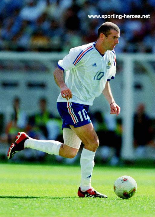 Zinedine zidane fifa coupe du monde 2002 france - Zidane coupe du monde 1998 ...