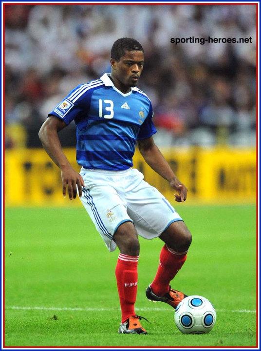 Patrice evra fifa coupe du monde 2010 qualification france - Coupe du monde 2010 france ...