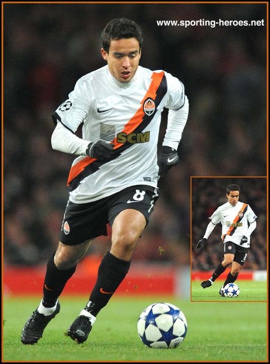 Jadson UEFA Champions League 201011 Shakhtar Donetsk