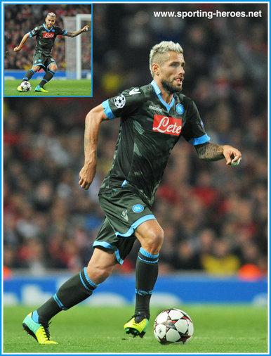 Valon BEHRAMI - 2013/14 Champions League matches. - Napoli