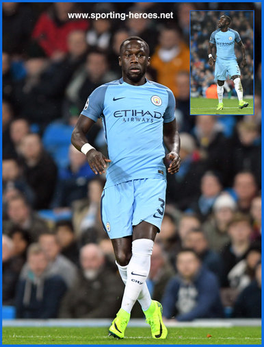 Bacary Sagna - Manchester City FC - 2016/17 Champions League.