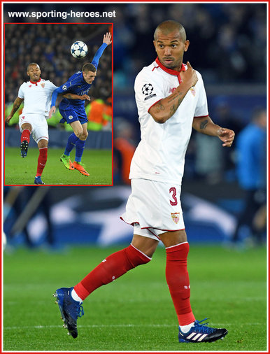 Mariano FERREIRA - Sevilla - 2016/17 Champions League. Knock out games.