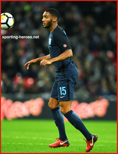 Joe GOMEZ - England - 2017 Autumn Internationals at Wembley.