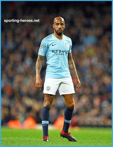 Fabian Delph - Manchester City FC - 2018/2019 Champions League